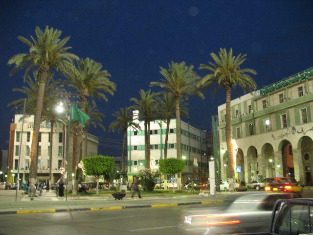 Zdjęcia: Tripolis plac Zielony , Tripolis, zielona noc, LIBIA