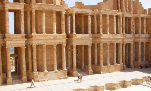 Zdjecie LIBIA / połnocna LIbia / Sabratha, ruiny starozytnego miasta i amfiteatru / Sabratha