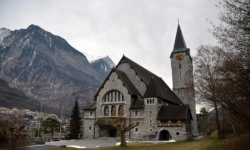Zdjecie LIECHTENSTEIN / Oberland / Balzers / Kościół św. Mikołaja i Marcina