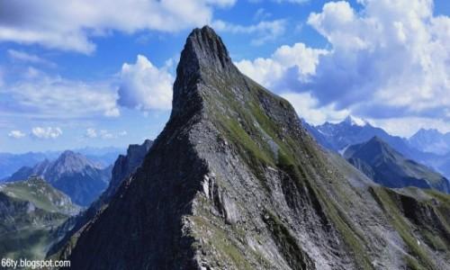 LIECHTENSTEIN / Alpy Wschodnie / Hinter Grauspitz (2574 m.) / W drodze na Grauspitz...
