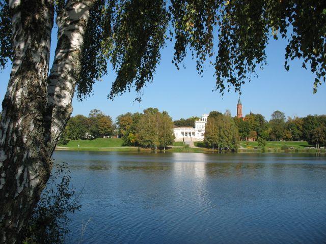 Zdj�cia: Druskienniki, Po  drugiej stronie jeziora, LITWA