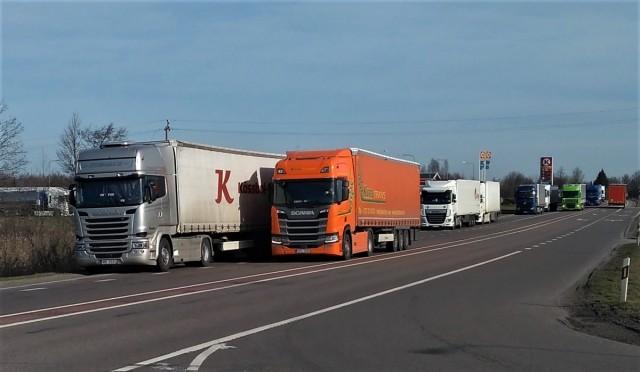 Zdjęcia: .W drodze do granicy, Kalwaria, 14 km korek , LITWA