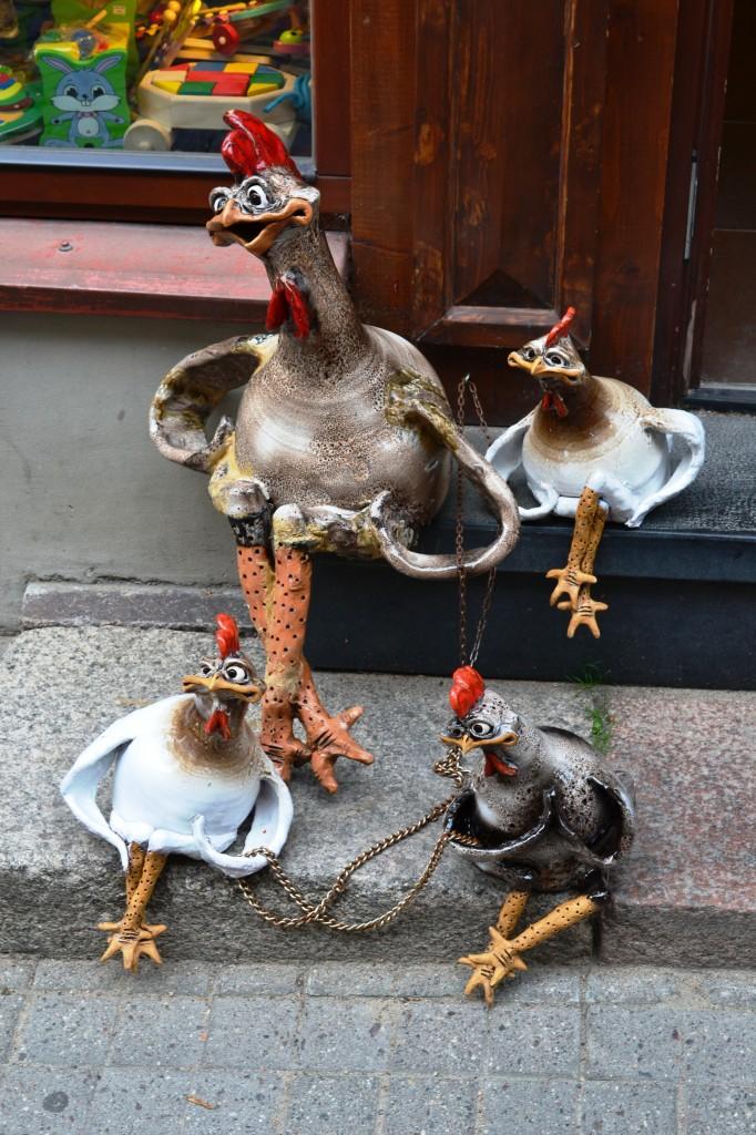 Zdjęcia: Wilno, wileński, Uwięzione kurczaki, LITWA