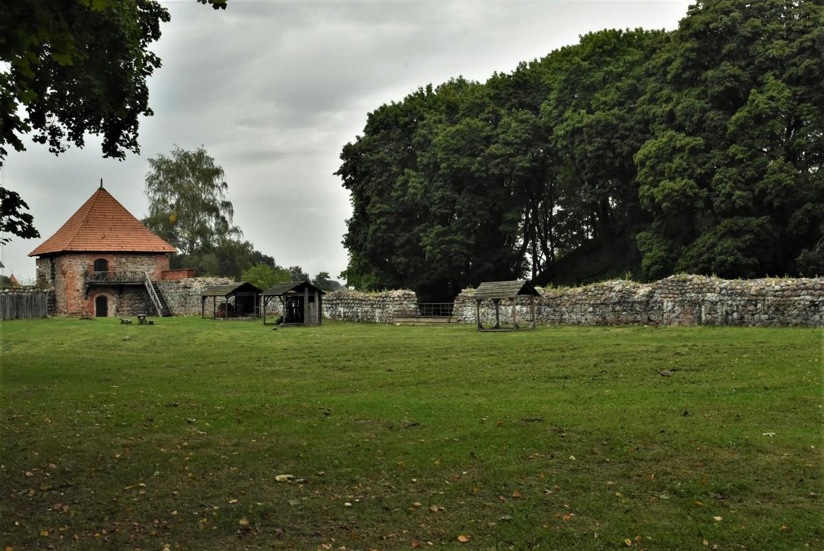 Zdjęcia: Troki, Pojezierze Wileńskie, Troki, jeden z zamków - koniec, LITWA