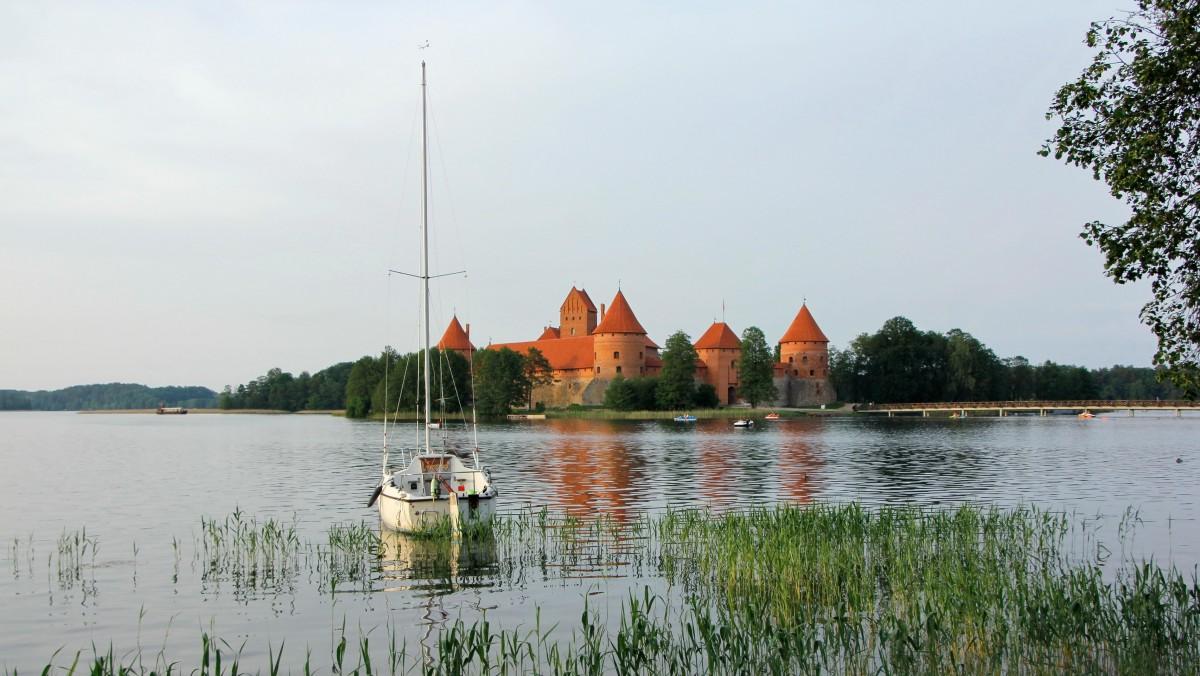 Zdjęcia: Troki, Zamek w Trokach na Jeziorze Galwe, LITWA