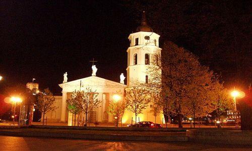 Zdjęcie LITWA / Wileńszczyzna / Wilno / Plac Katedralny