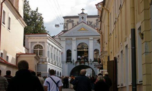 Zdjecie LITWA / - / Wilno / Ostra Brama i Kaplica Ostrobramska