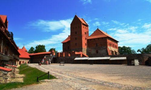 Zdjęcie LITWA / Litwa / Troki / Z dziedzińca zamku