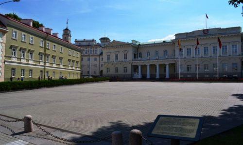 Zdjecie LITWA / okręg wileński / Wilno / Pałac od frontu