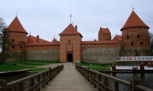 LITWA / okręg wileński / Trakai / Zamek na wodzie
