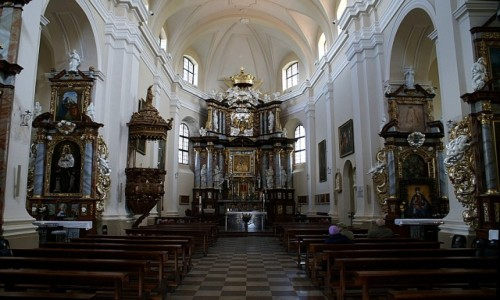 Zdjęcie LITWA / okolice Wilna / Troki / kościół Nawiedzenia NMP