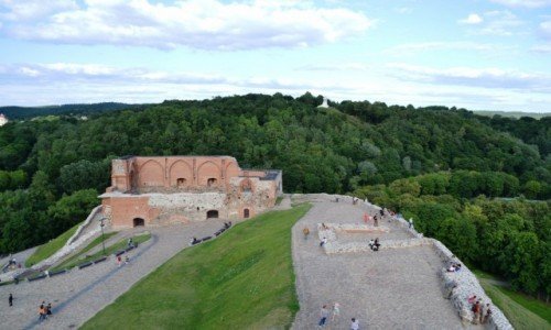 LITWA / Okręg wileński / Wilno / W kierunku Góry Trzykrzyskiej