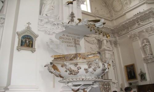 Zdjecie LITWA / - / Wilno / Kościół św. Pio