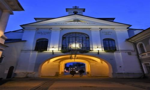 Zdjecie LITWA / Pojezierzu Wileńskim / Wilno / Wilno, ostra brama