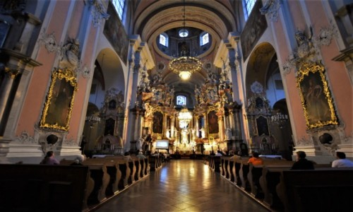 Zdjęcie LITWA / Pojezierze Wileńskie / Wilno / Wilno, kościół dominikański