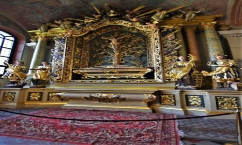 Zdjecie LITWA / Pojezierze Wileńskie / Wilno / Wilno, Kościół św. Jana Chrzciciela i św. Jana Apostoła i Ewangelisty