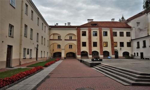 Zdjecie LITWA / Pojezierze Wileńskie / Wilno / Wilno, uniwersytet