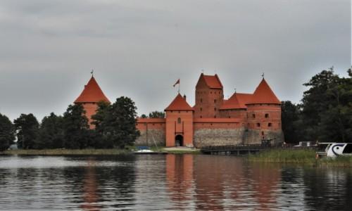 Zdjęcie LITWA / Pojezierze Wileńskie / Troki / Troki, zrekonstruowany zamek wielkiego księcia