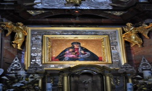 Zdjęcie LITWA / Pojezierze Wileńskie / Troki / Troki, sanktuarium Matki Bożej patronki Litwy