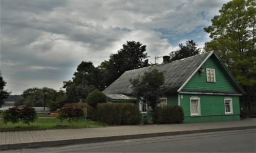 Zdjęcie LITWA / Pojezierze Wileńskie / Troki / Troki, domy karaimskie