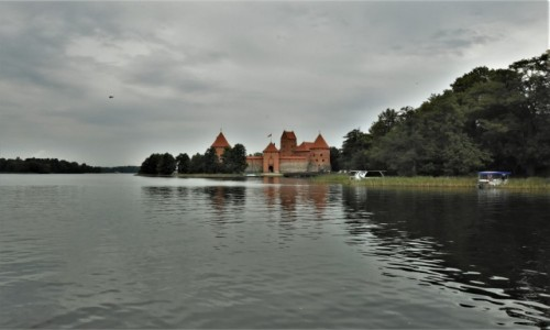 Zdjecie LITWA / Pojezierze Wileńskie / Troki / Troki, zrekonstruowany zamek wielkiego księcia