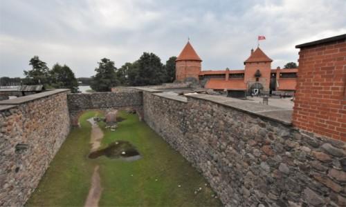 LITWA / Pojezierze Wileńskie / Troki / Troki, zamek