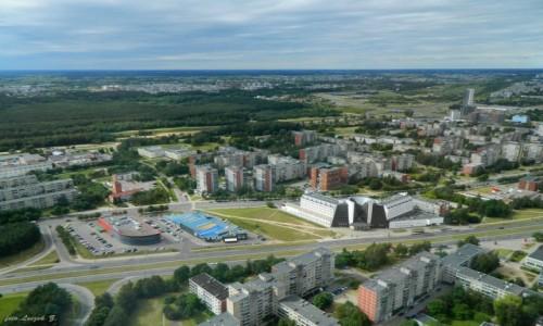 LITWA / Pojezierze Litewskie. / Wilno -  ujście rzeki Wilejki. / Wilno z Wieży Telewizyjnej.