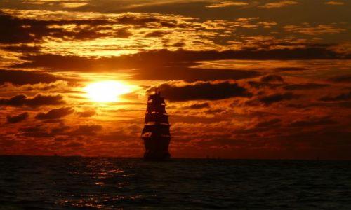 Zdjęcie LITWA / Bałtyk / na wysokości Litwy :) regaty trwają.. / The Tall Ships Races 2009