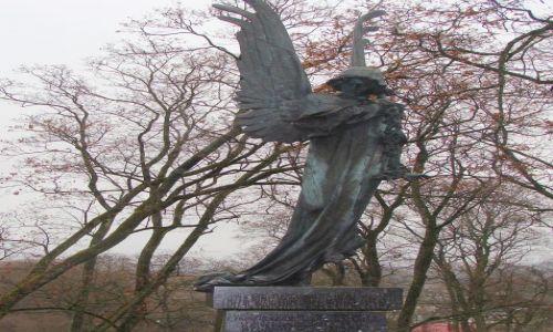 Zdjecie LITWA / Wilno / Cmentarz na Rossie / Czarny Anioł