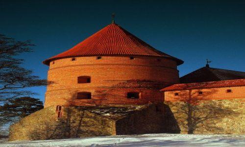 Zdjęcie LITWA / Troki  / wokol zamku  / zamek odbudowanek