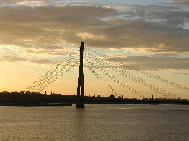 Zdjęcia: Ryga, most w stolicy Łotwy, ŁOTWA