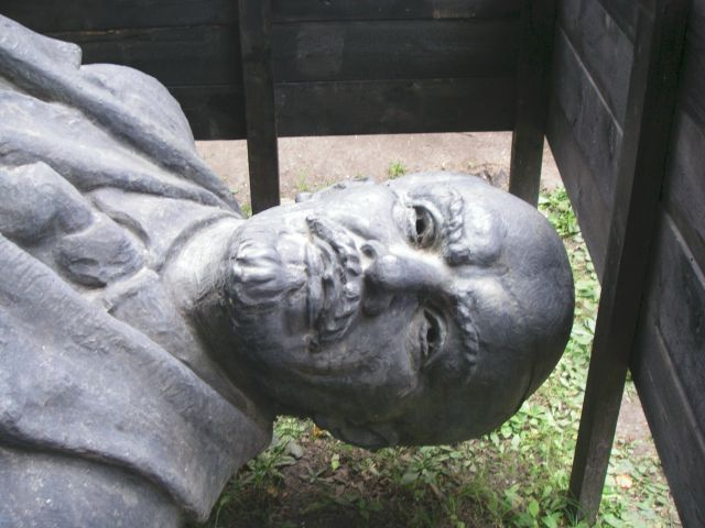 Zdjęcia: Cesis, Lenin, ŁOTWA
