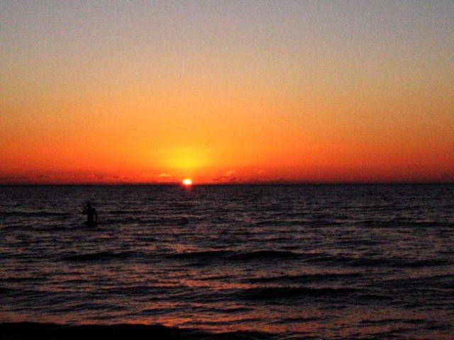 Zdjęcia: jurmała, kąpiel o zachodzie słońca, ŁOTWA