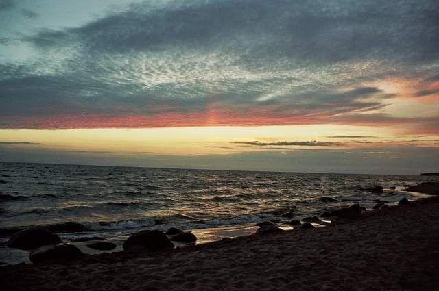 Zdj�cia: Tuja, Zatoka Ryska, zach�d s�o�ca nad zatok�, �OTWA