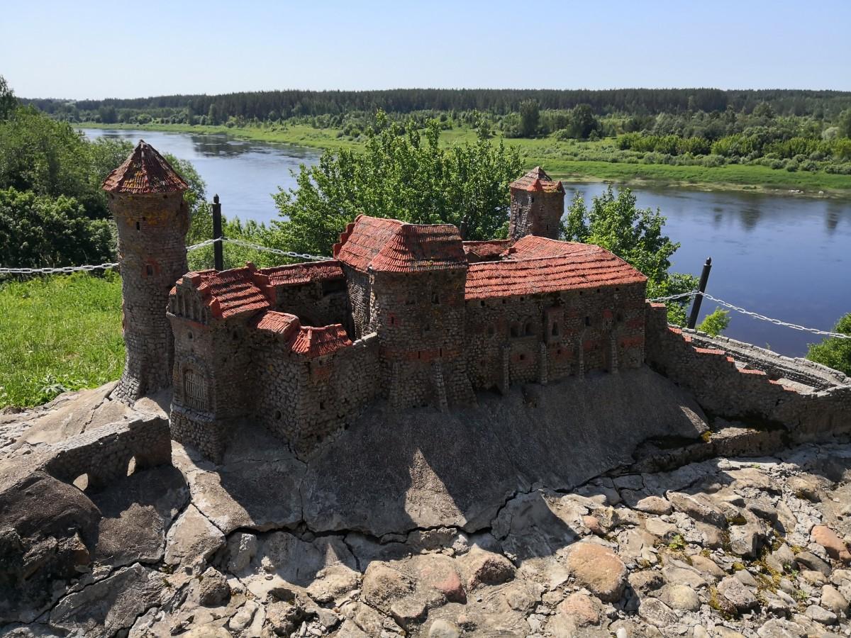 Zdjęcia: Szlak Dinaburga, Butiski, Krzyżacki zamek nad Dżwiną, ŁOTWA