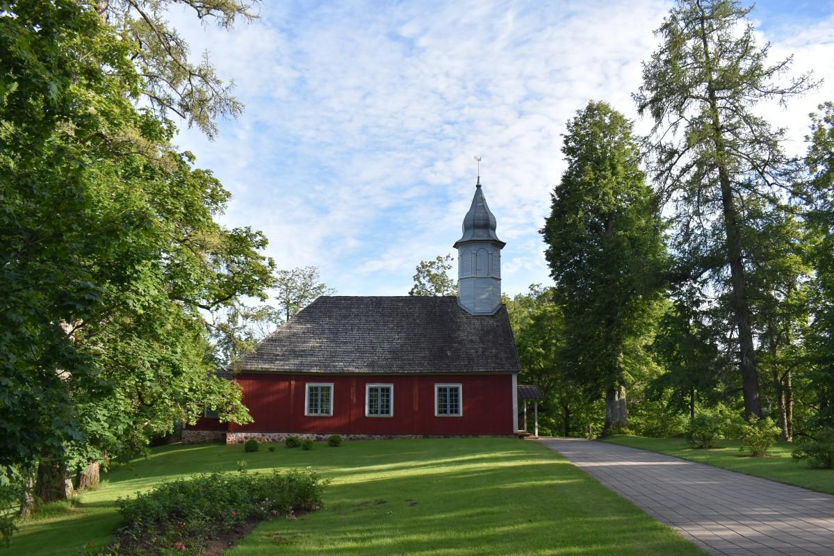Zdjęcia: Sigulda, Gauja National Park Latvia, Turaida church , ŁOTWA