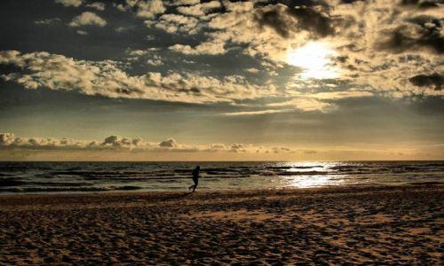 Zdjecie ŁOTWA / brzeg Bałtyku / wracając do domu / I znów Bałtyk.....