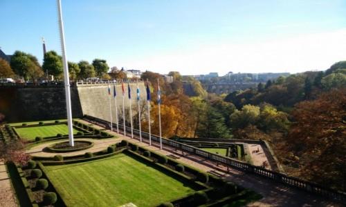 Zdjęcie LUKSEMBURG / - / Luksemburg / Gdzie są flagi