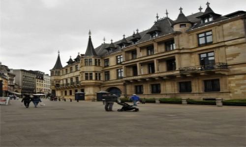 Zdjęcie LUKSEMBURG / Stolica / Luksemburg / Luksemburg, pałac książęcy