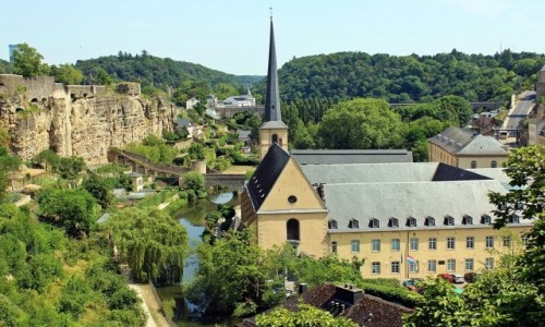 Zdjecie LUKSEMBURG / - / Luksemburg / Miasto na wzgórzach