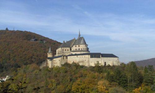 LUKSEMBURG / Luksemburg / Vianden / Zamek Vianden