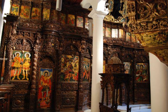 Zdjęcia: Bogato zdobioby ikonostas w cerkwi Św. Spasa z 1824r, wykonany przez Petra Filipowskiego, Skopie, Ikonostas w cerkwii Św. Spasa, MACEDONIA