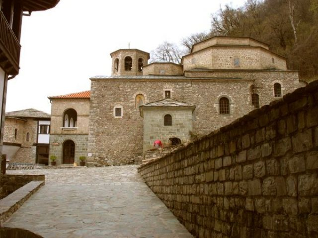 Zdj�cia: Park Narodowy Mavrovo - klasztor Sv. Jovan Bigorski, Macedonia - klasztor Sv. Jovan Bigorski, MACEDONIA