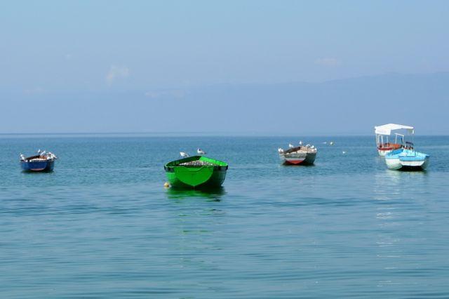 Zdjęcia: Ochryda, Zielona łódka, MACEDONIA