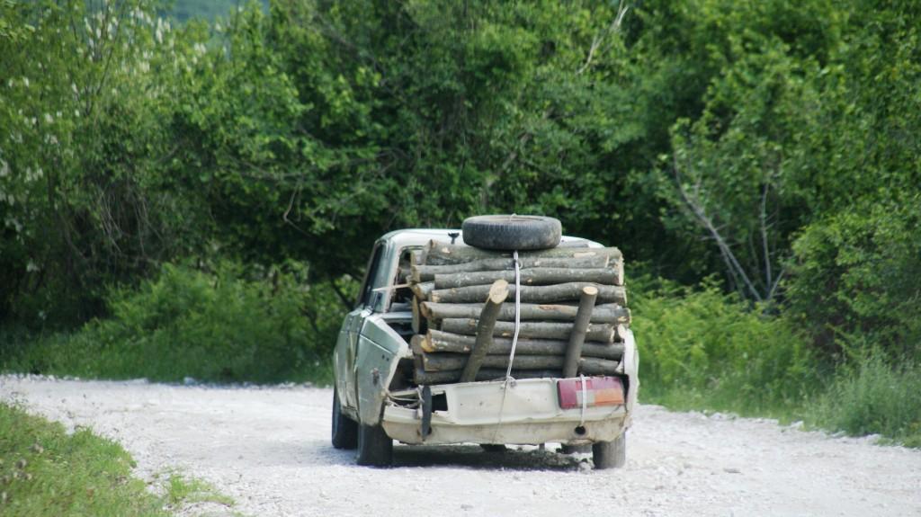 Zdjęcia: droga przez góry, Prilep, pickup wersja macedonia - transport w górach, MACEDONIA