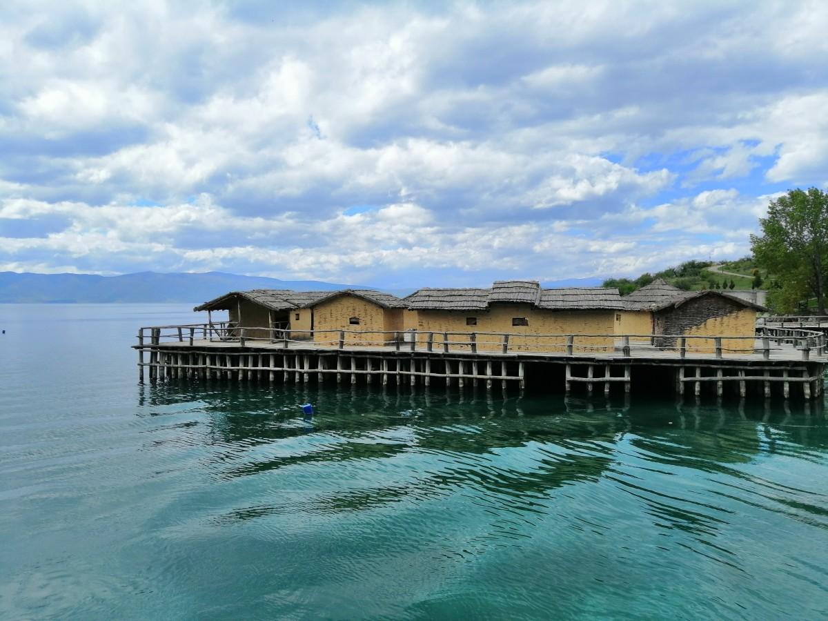 Zdjęcia: Jezioro Ochrydzkie, południowo-zachodnia Macedonia Północna, Zatoka Kości, MACEDONIA