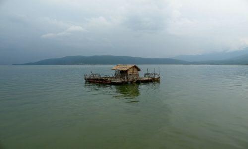 Zdjęcie MACEDONIA / Ochryd / gdzieś nad jeziorem / jezioro Ochrydzkie