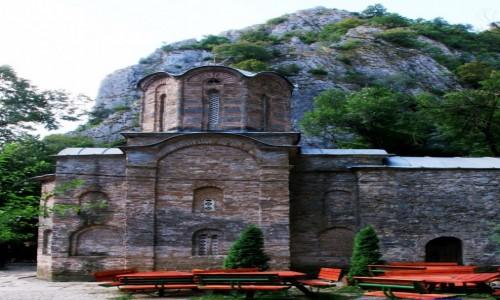 Zdjęcie MACEDONIA / Skopje / Rzeka Treska / Klasztor św. Andrzeja