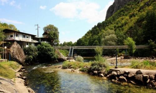 Zdjecie MACEDONIA / Skopje / Rzeka Treska / Za zaporą