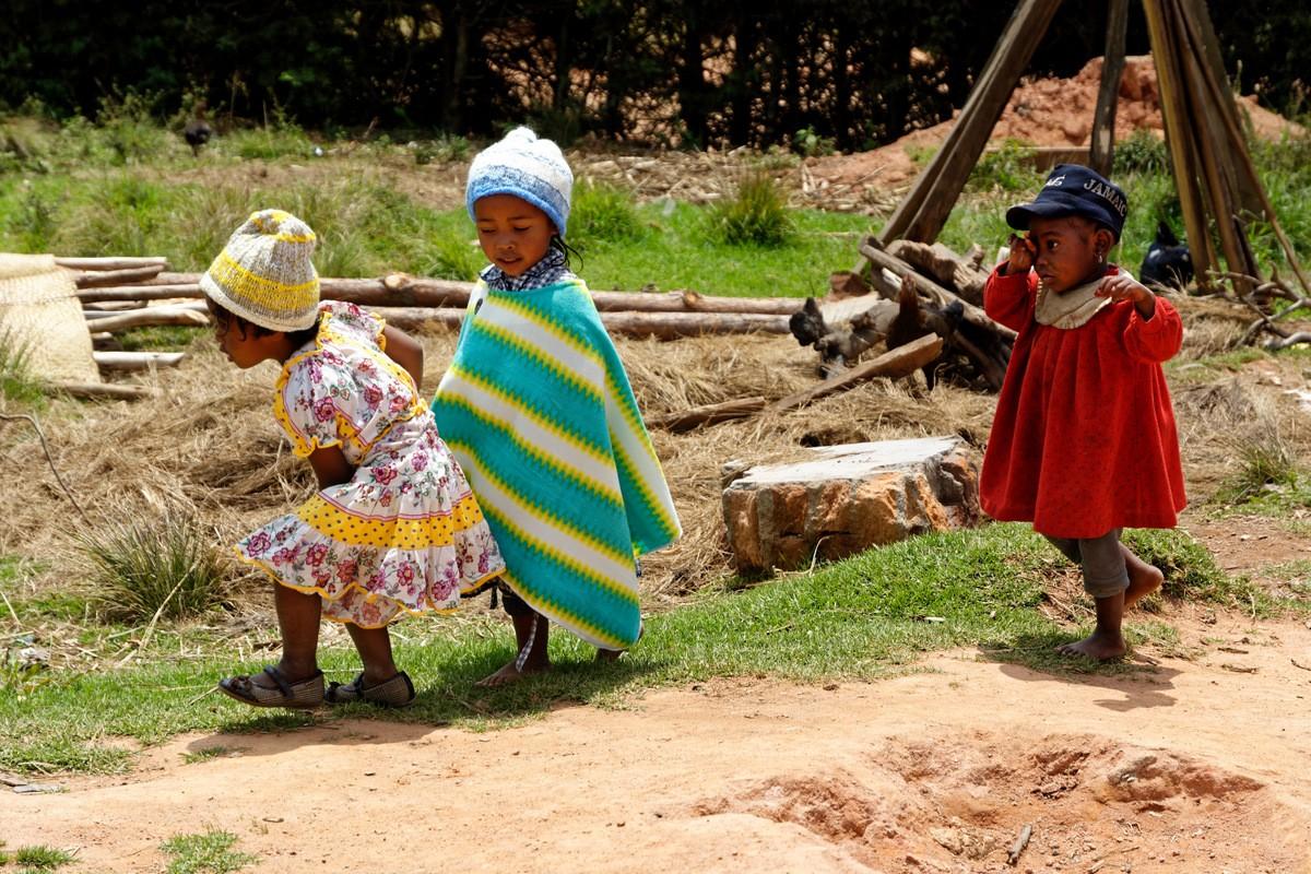 Zdjęcia: Antoetra, Antoetra, .... zaczekajcie !!! ...., MADAGASKAR